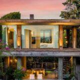 Pamela Anderson ha messo in vendita la villa di Malibù per 14,9 milioni di dollari